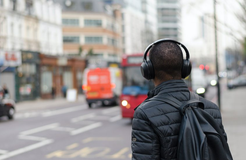 HEAVY ROTATION: 10 podcasts to Upgrade your Mindset